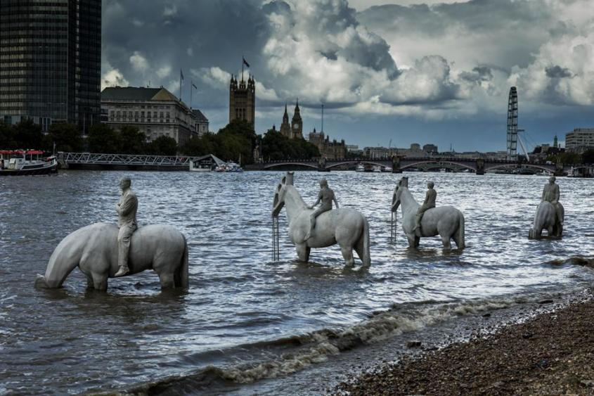 The-Rising-Tide_London_5365_Jason-deCaires-Taylor_Sculpture