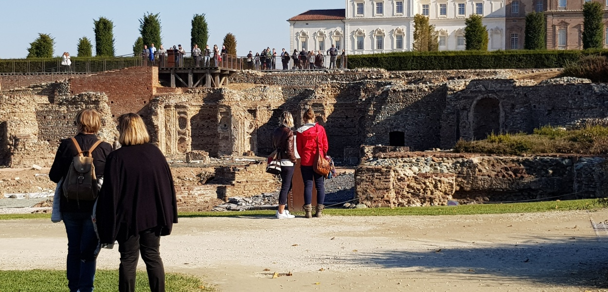 foto di ellie (insidethestaircase) Reggia di Venaria, esterno